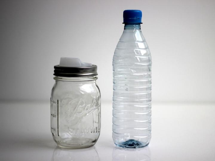 Glas oder Plastik? Ein kurzes Statement.