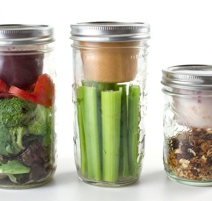 Müsli To Go oder Salat to Go Becher verschiedene Groessen