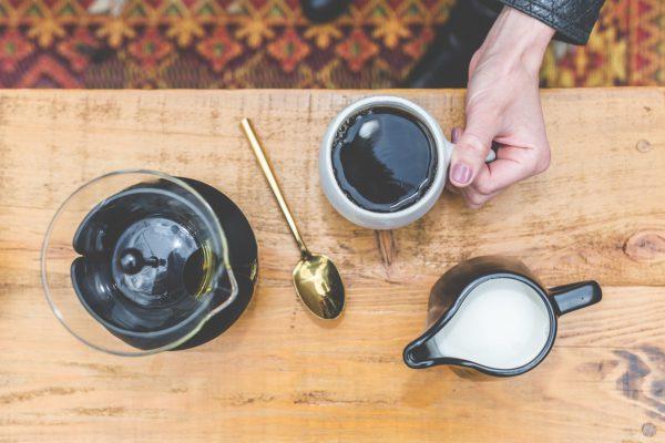 Cold Brew Coffee am Tisch