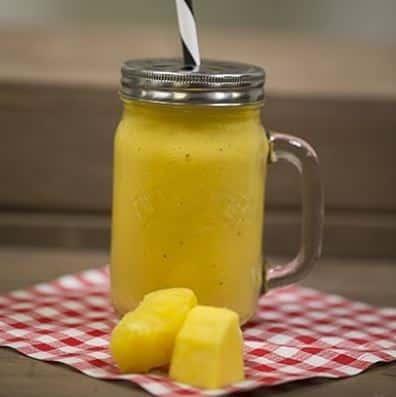 Kilner Smoothie Glas gefüllt mit Ananas Smoothie
