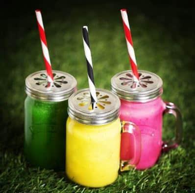 Kilner Smootie Glas Set mit verschiedenen Getränken