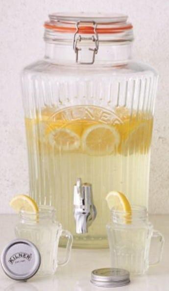 Vintage Getränkespender 5 Liter mit Zitronenwasser