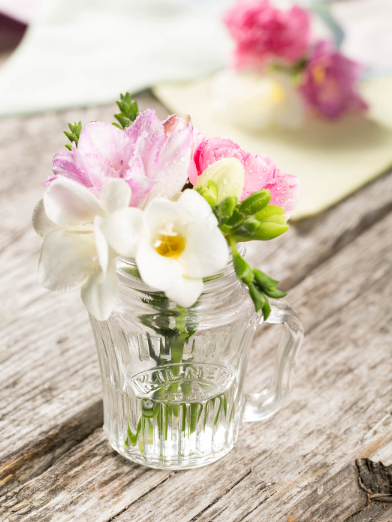 Kilner Henklglas mit Blumen